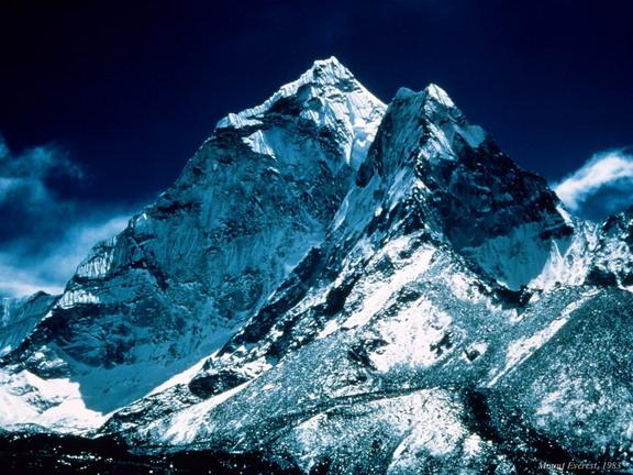 Красивее гор только горы
