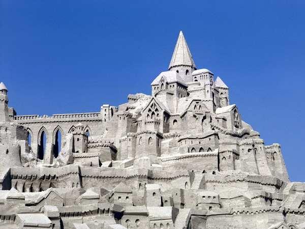 Величественные строения мира