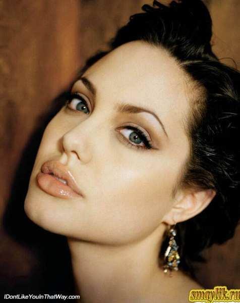 Красивые и знаменитые Анджелина Джоли