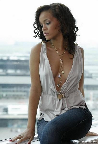 Красивые и знаменитые «Rihanna»