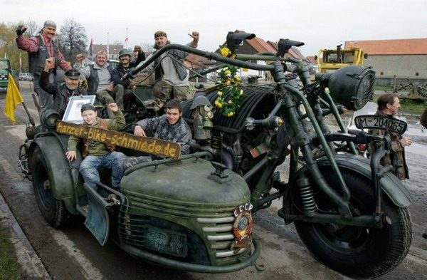 Танкоцикл..