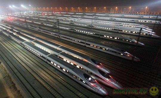 В Китае официально запущена самая длинная в мире высокоскоростная железная дорога