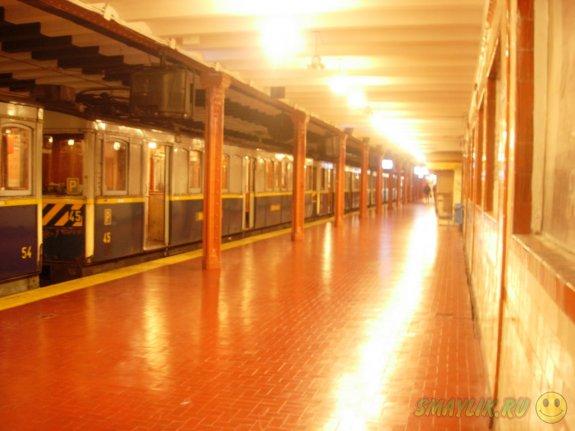Самые старые в мире вагоны метро в Буэнос-Айресе  превратят в читальные залы