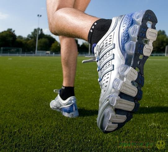 США: В Иллинойсе введут специальный налог на кроссовки