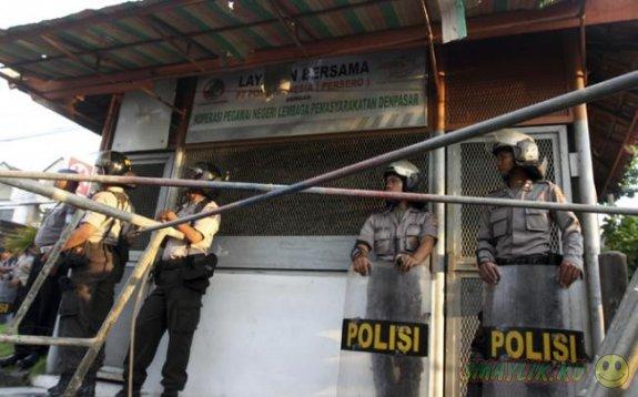 Индонезийский  юноша попросил продлить ему срок  тюремного заключения