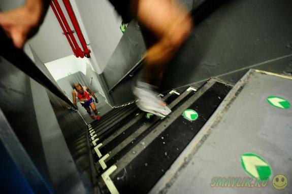 В Нью-Йорке соревновались в беге по лестницам