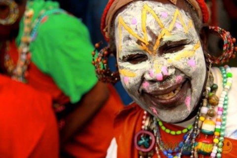 """Яркие краски племени """"Кикуйю"""""""