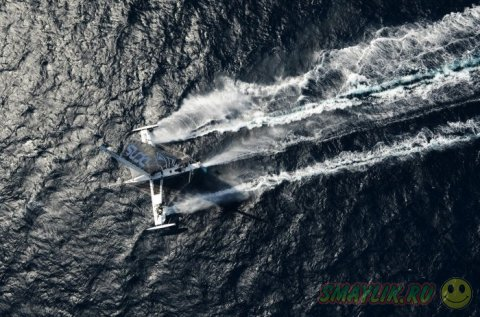 Летающий парусник Hydroptere