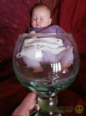 Baby mugging: Малыши в чашках