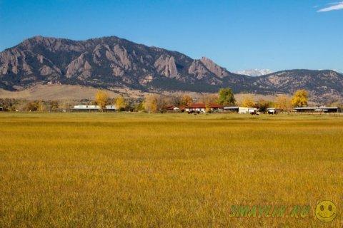 """Горные """"утюги"""" городка Боулдер в штате Колорадо"""