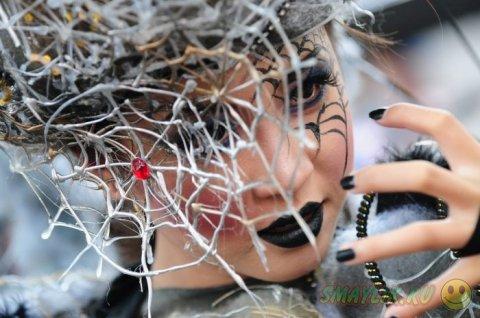 Самые яркие костюмы карнавала Jember Fashion Carnaval