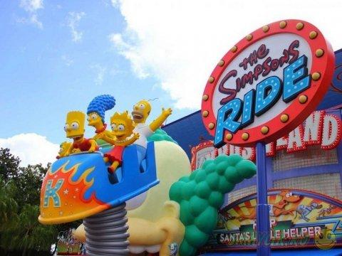 Город Симпсонов в парке Universal Studios Orlando