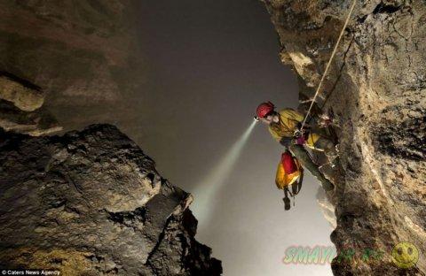 Новая огромная пещера найдена в провинции Китая
