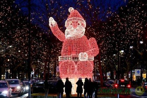 Праздничные огни накануне Рождества