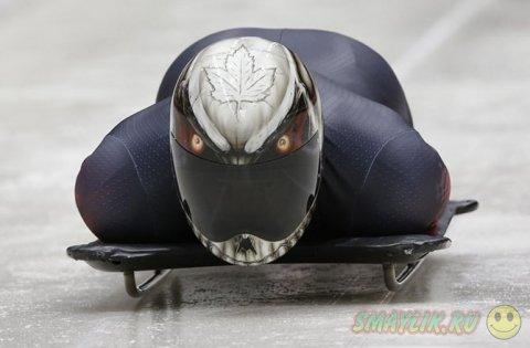 Самые эффектные шлемы скелетонистов
