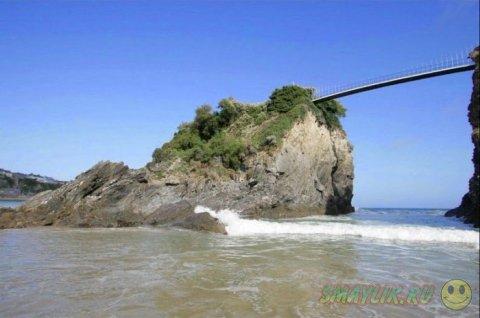 Чайный домик на крошечном острове под названием Тауэн
