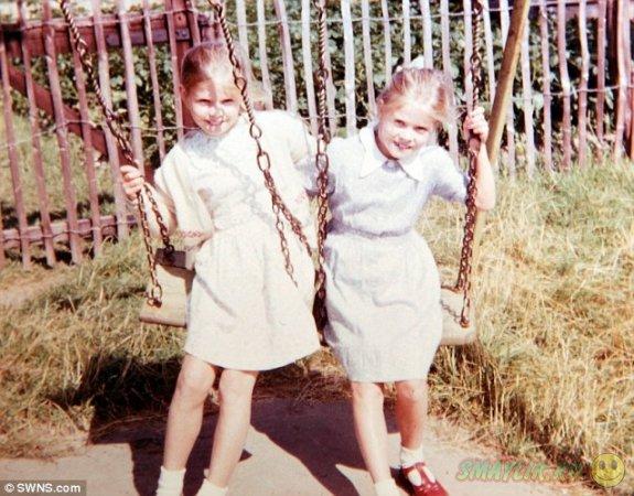 Сестры-близнецы носят одинаковые наряды уже 14 лет
