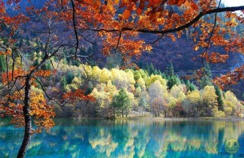 Озеро «Пять цветов» -  самый красивый и загадочный водоём на планете