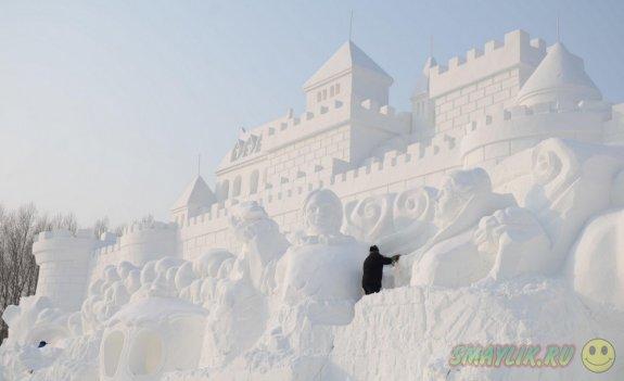 Коллекция отличных снежных скульптур для вдохновения