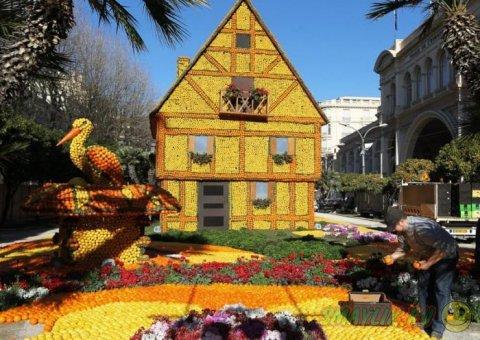 Фестиваль лимонов и апельсинов в Ментоне