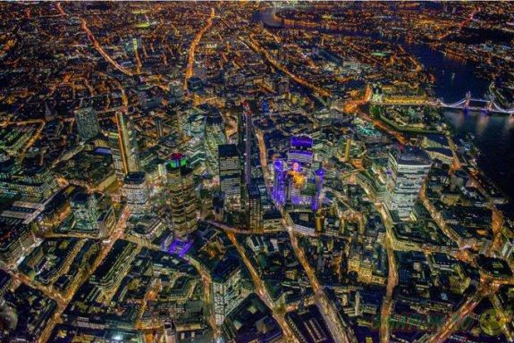 Лондон в фотографиях Джейсона Хоукса